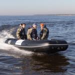 Лодка ПВХ Badger Heavy Duty HD430 ALБаллоны 55 см, Кокпит 90 см, Морской киль, Пластиковый транец, Усиленное дно, Алюминиевый пол